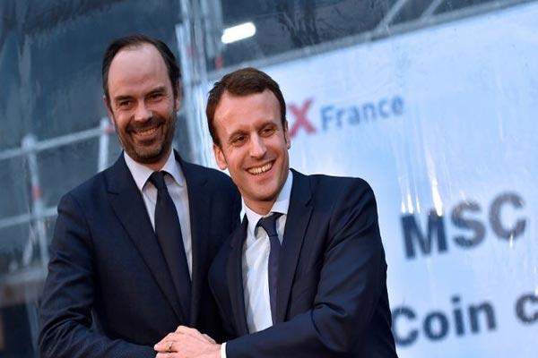 ماكرون مع رئيس وزرائه إدوار فيليب