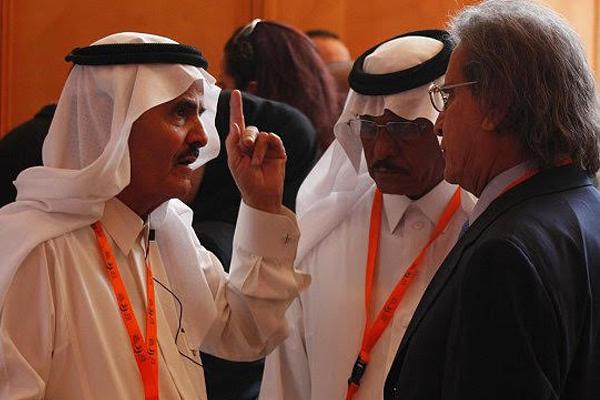 ناشر إيلاف ورئيس تحريرها عثمان العمير مع الراحل تركي السديري