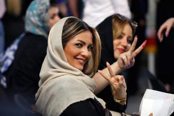 ايرانيات ادلين بأصواتهن الجمعة