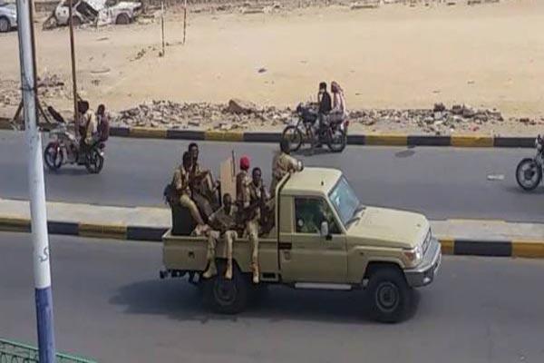 قوات سودانية تابعة للتحالف العربي تصل إلى منطقة بالحاف بشبوة