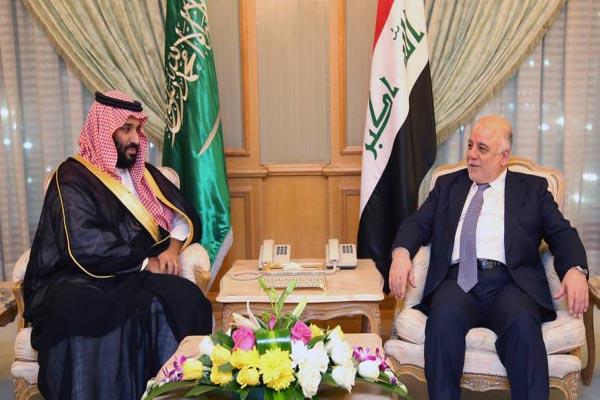 العبادي مجتمعًا في مكة مع ولي ولي العهد السعودي الأمير محمد بن سلمان بن عبد العزيز