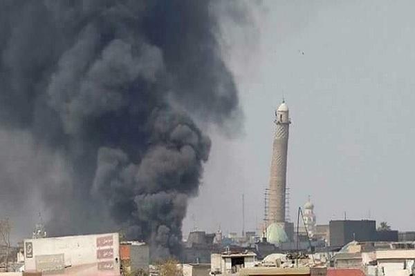 اقتراب المعارك من منارة الحدباء التاريخية في الموصل القديمة