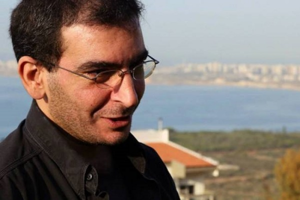 الصحافي فداء عيتاني أمضى ليله في النظارة بسبب