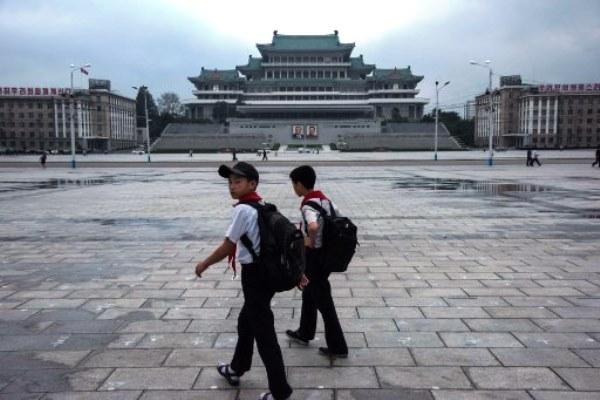 واشنطن تمنع سفر الأميركيين إلى كوريا الشمالية