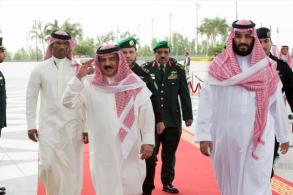 عقد الأمير محمد بن سمان نائب العاهل السعودي الملك سلمان بن عبد العزيز، والعاه