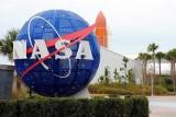 طفل يتقدم لوظيفة «حماية الكواكب» في ناسا