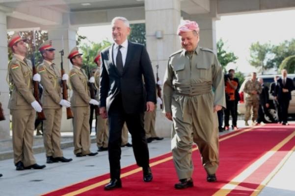 ماتيس وبارزاني يختلفان حول إعاقة الاستفتاء للحرب ضد الإرهاب