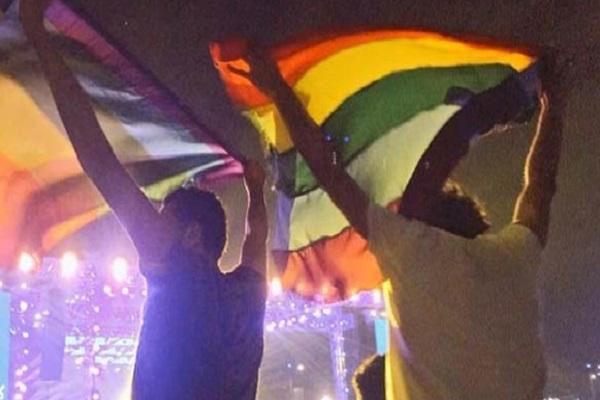 رفع علم المثليين في القاهرة
