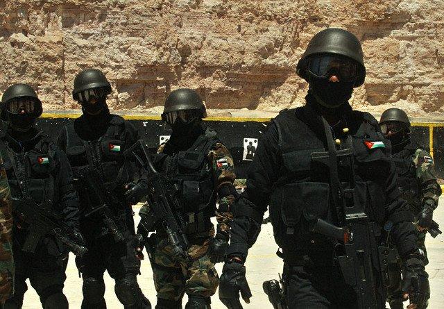 عناصر من قوة (فرسان الحق) التابعة لجهاز المخابرات الأردني