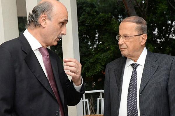 الرئيس اللبناني ميشال عون مع رئيس القوات اللبنانية سمير جعجع