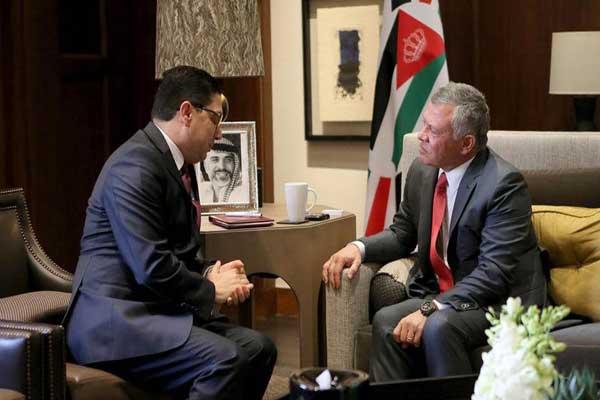 العاهل المغربي لدى استقباله وزير خارجية المغرب