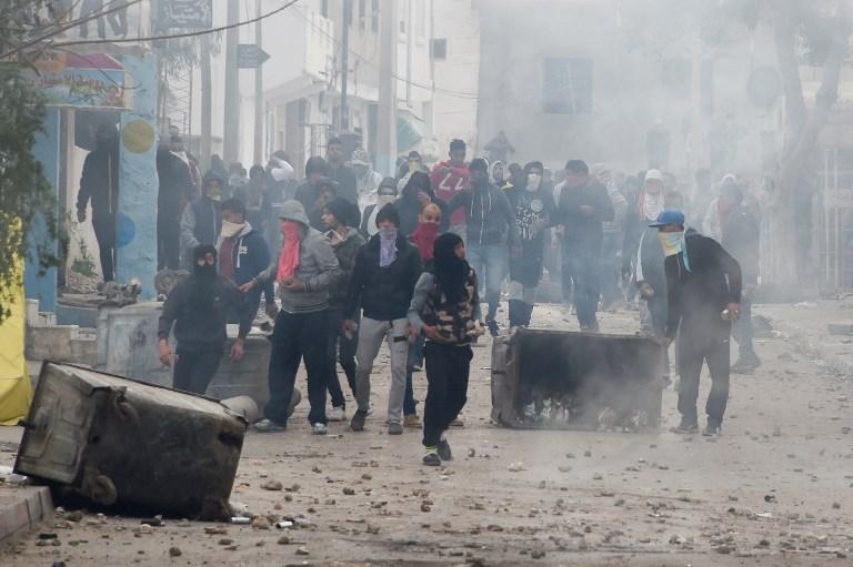 جانب من المواجهات في طبربة التونسية