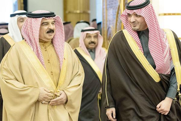 ملك البحرين يؤكد عمق علاقات بلاده مع السعودية