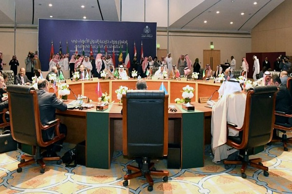 وزراء خارجية دول التحالف العربي لدعم الشرعية في اليمن خلال اجتماعهم في الرياض