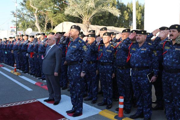العبادي خلال مشاركته باحتفال الشرطة العراقية بيوم النصر