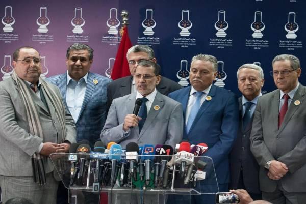 سعد الدين العثماني وقادة أحزاب الغالبية الحكومية بالمغرب