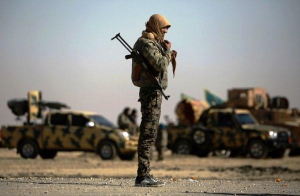 عناصر من داعش في سوريا - أرشيفية