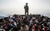 23 قتيلا في حادث اصطدام شاحنة تقل مهاجرين في ليبيا