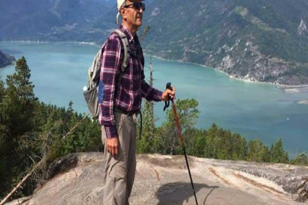 الناشط البيئي كاووس سيد إمامي في صورة وزعتها أسرته في 11 فبراير 2018