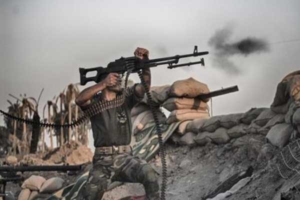 قوات للحشد الشعبي في مواجهة مسلحي داعش