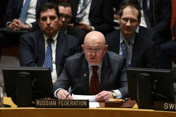 السفير الروسي في الامم المتحدة فاسيلي نيبينزيا خلال جلسة حول سوريا