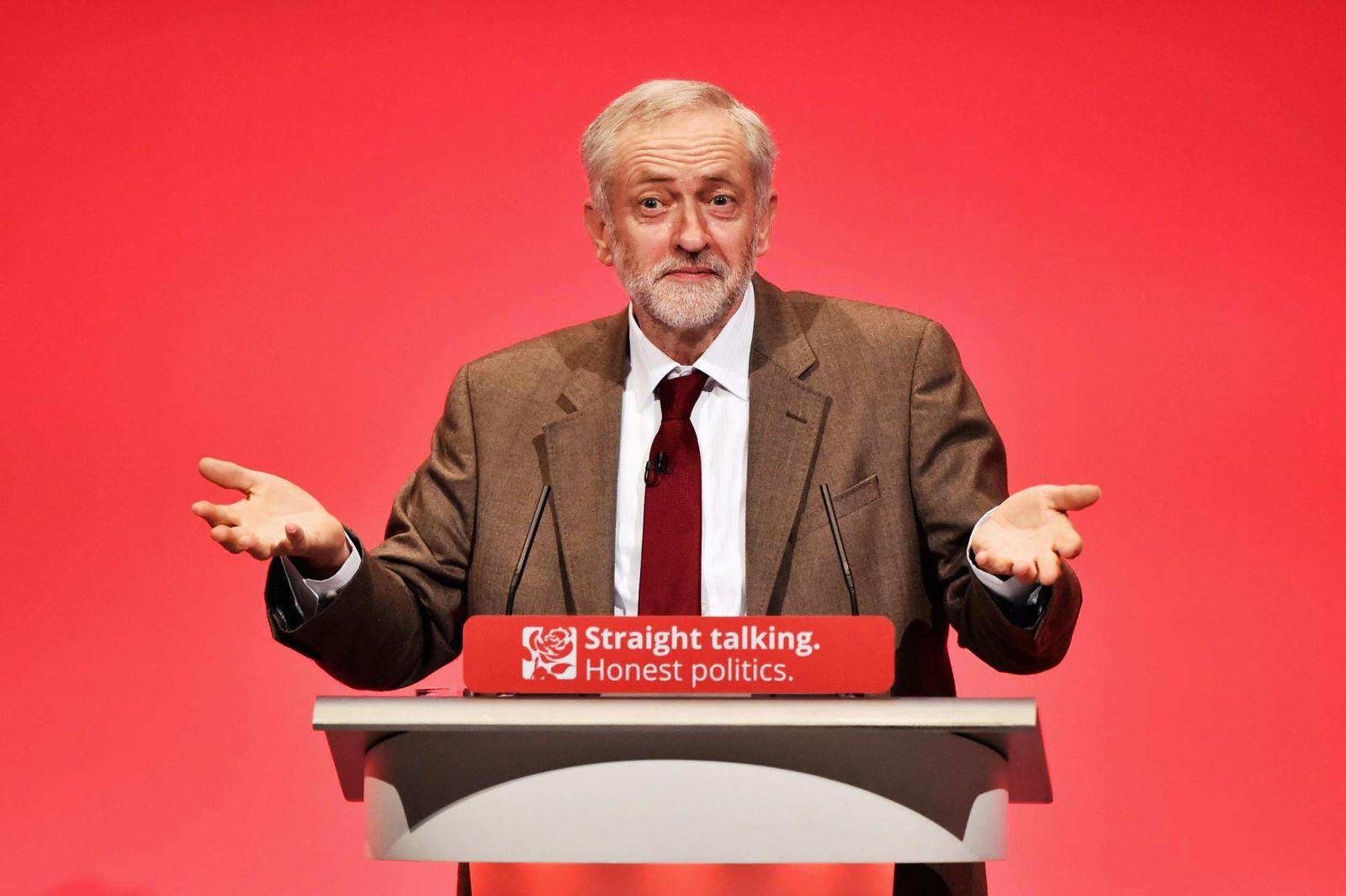 زعيم حزب العمال البريطاني جريمي كوربن