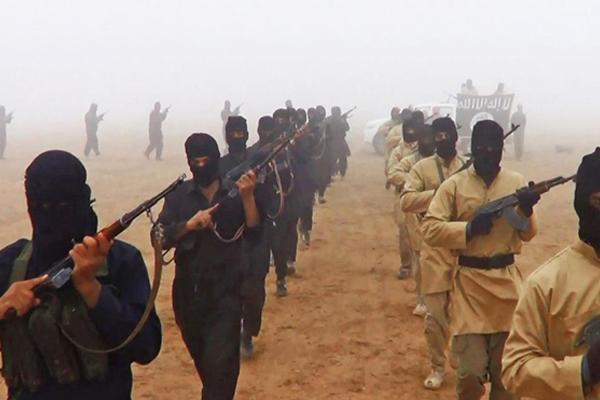 عناصر لتنظيم القاعدة في الصحراء العراقية الغربية