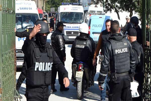 قوات الأمن التونسية تمشط منطقة بن قردان غداة هجوم إرهابي - أ ف ب