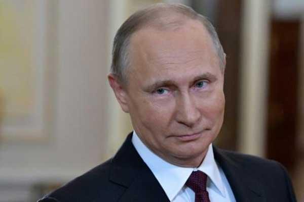 الرئيس الروسي فلاديمير بوتين في صورة التقطت في 8 مارس 2018