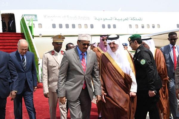 خلال وصول الرئيس الصومالي محمد عبد الله محمد
