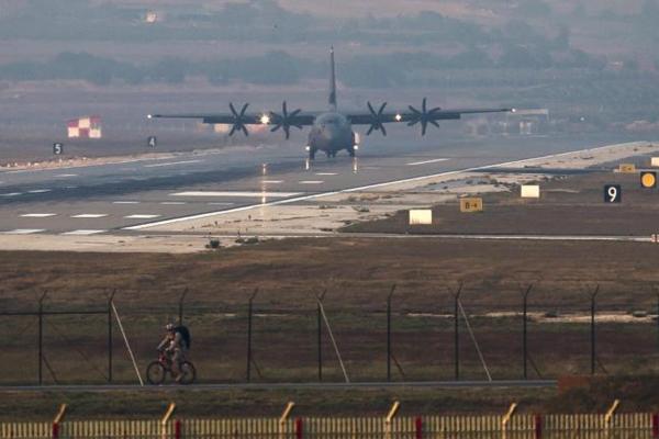 خطر مرور الطائرات في سماء سوريا