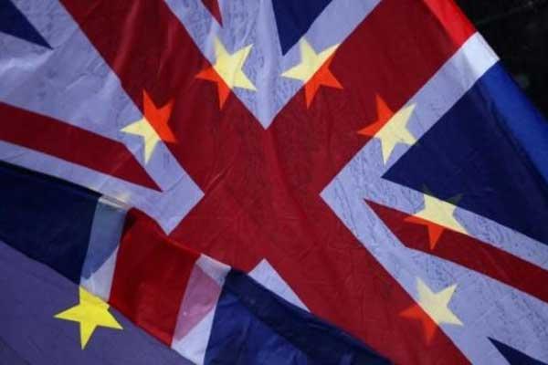 حملة بريطانية تقيم للشعب اعتبارًا في ما خص مصير بريكست
