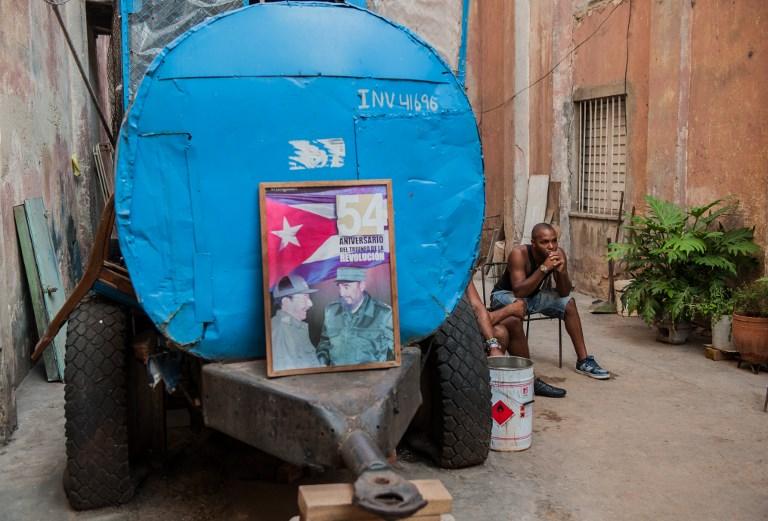 فيدل ثم راوول كاسترو حكما كوبا لحوالى ستين عاما