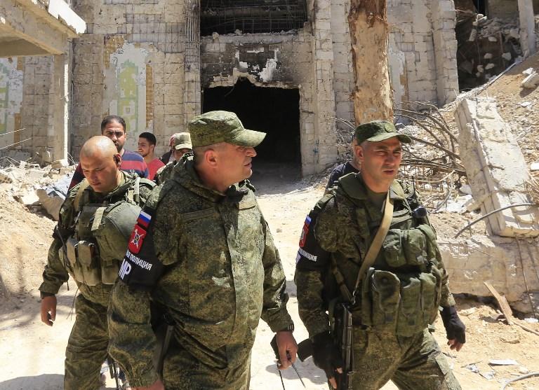 عناصر من الشرطة العسكرية الروسية في دوما