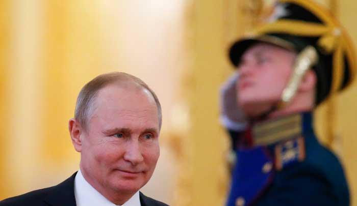 بوتين ومراسيم فصل ضباط كبار