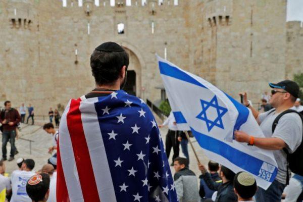 إسرائيليون مبتهجون بفتح السفارة الأميركية