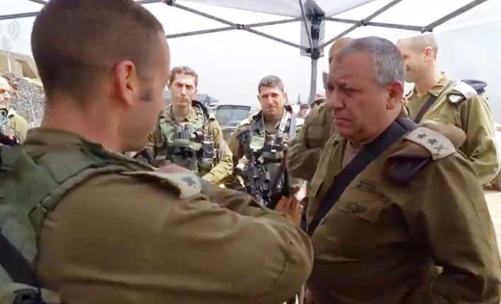 رئيس الأركان الإسرايلي يجول الجولان بعد التبادل الصاروخي
