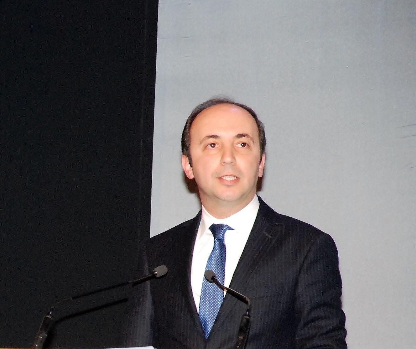 أنس الدكالي وزير الصحة المغربي