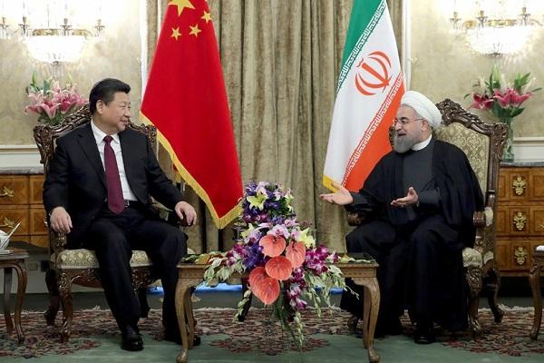 الرئيس الإيراني ونظيره الصيني