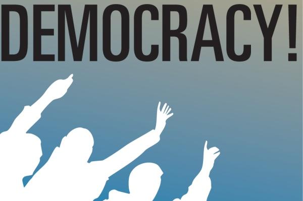لويس ظل يؤكد على ضرورة إجبار المشرقيين على تبني الديمقراطية بالقوة