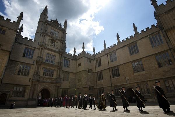 جامعة أوكسفورد