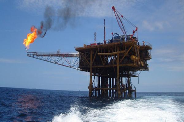 هل تتأثر المصلحة لبنان النفطية بالقرار؟