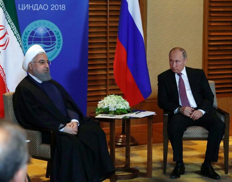 الرئيس الروسي يحادث نظيره الايراني على هامش قمة منظمة شنغهاي للتعاون التي تعقد اليوم في الصين