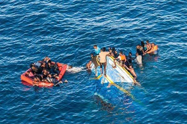 إنقاذ مهاجرين قبالة سواحل المغرب