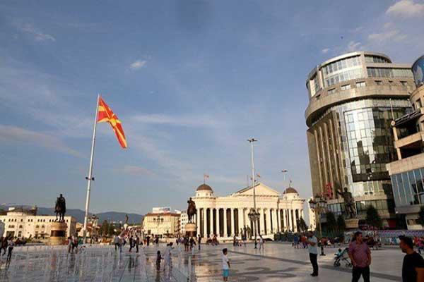 اليونان تتفق مع مقدونيا على تغيير اسم الأخيرة إلى (مقدونيا الشمالية)
