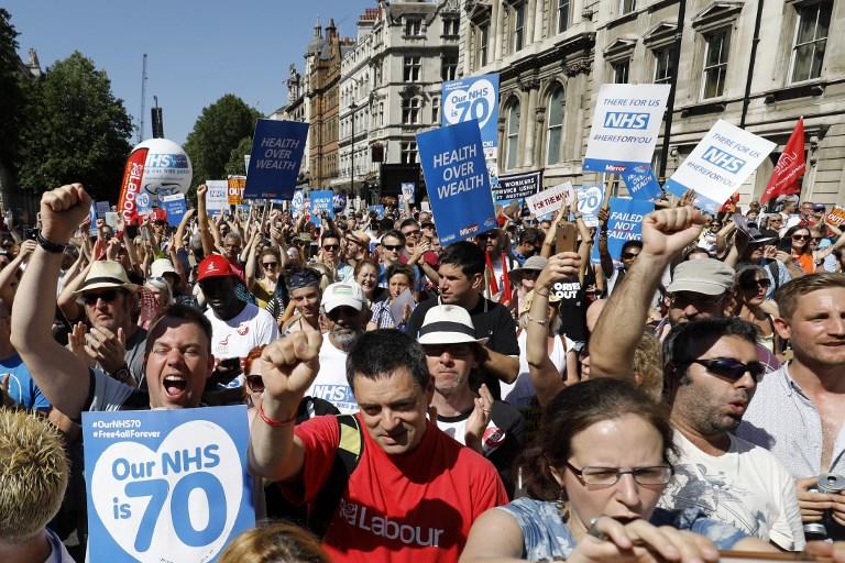 الاف المتظاهرين في لندن دفاعا عن النظام الصحي