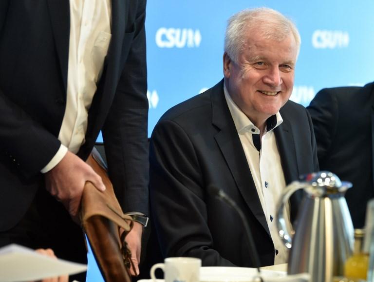 وزير الداخلية الالماني هورست سيهوفر