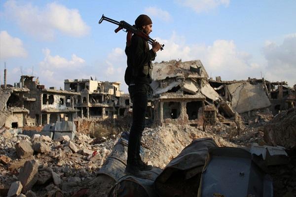 مقاتل في صفوف المعارضة في درعا