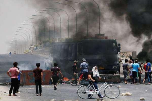 احتجاجات المتظاهرين في البصرة