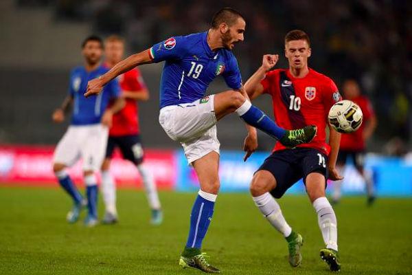 إيطاليا تحرم النروج من التأهل المباشر